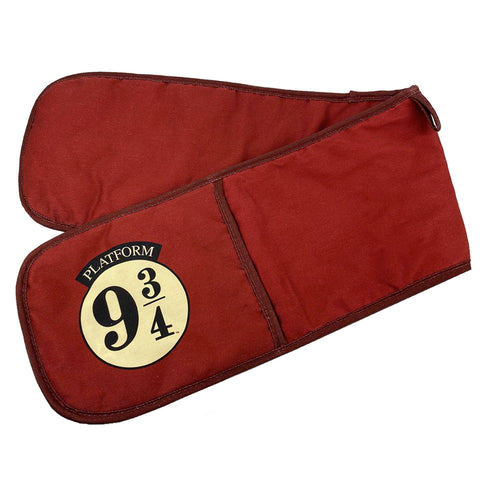Harry Potter Hogwarts Express Platform 9 3/4 Oven Gloves