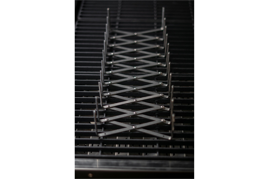 Black Earth M83-2508 Folding Rib Rack