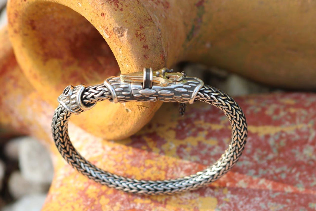 Round Weave Bracelet With Gold Dagger Lock