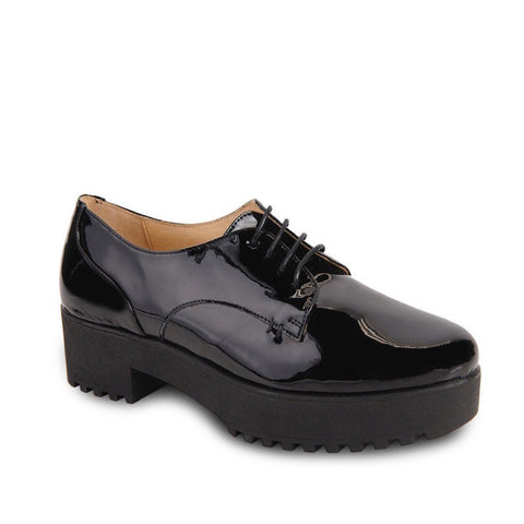 Lace Up Oxford Casual Shoe in Black Patent Leather