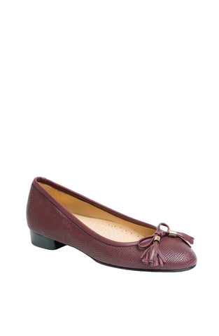 Burgundy Ballet flats with tassels and short heel