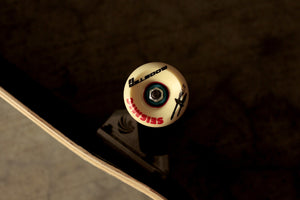 Skate Cruiser Trendout Minimal Renegade 8.25'' - Completo