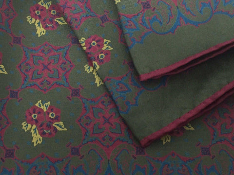 Deep Green Floral Motif - onlybrown