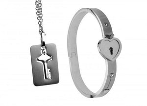 Locking Cuff with Key Necklace BDSM > Restraints Master Series