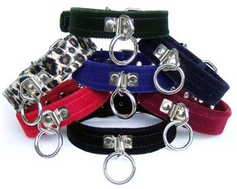 Velvet Collar With Ring BDSM > Collars Kookie Intl.