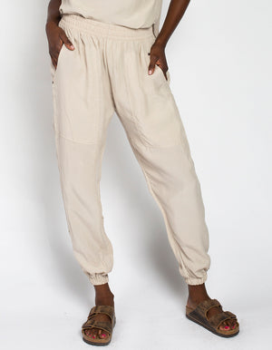 CUPRO JOGGERS [ TAUPE ]