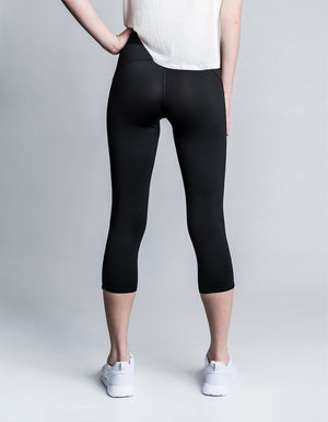 Studio Capri [ blacK ]