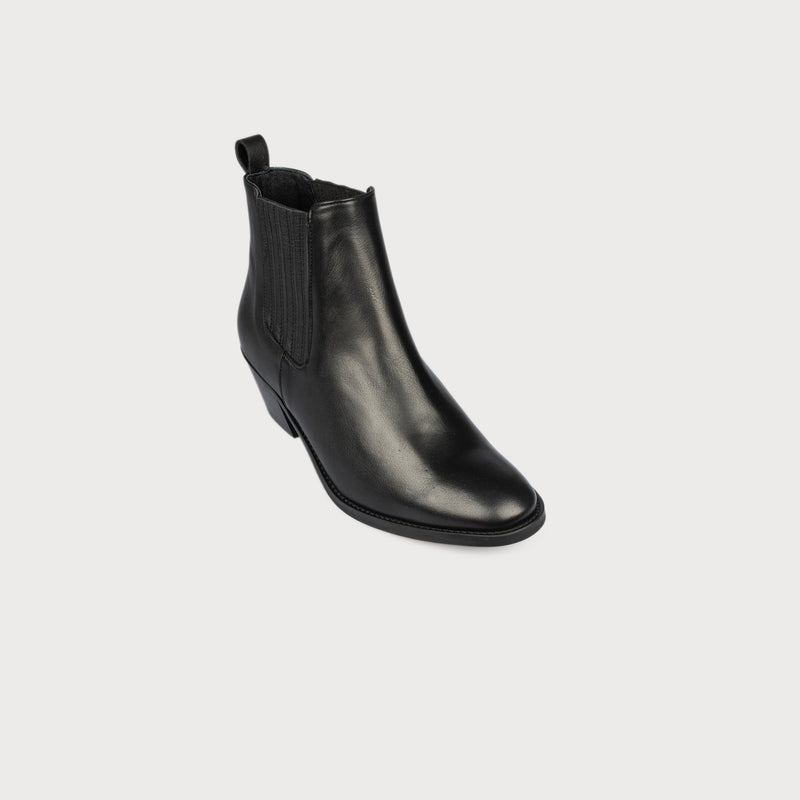 black boots bunions wide feet comfortable stylish