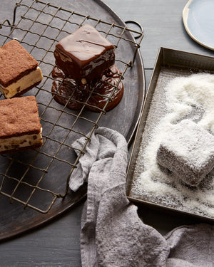 Lamingtons & Lemon Tart (Flexi Cover Edition)