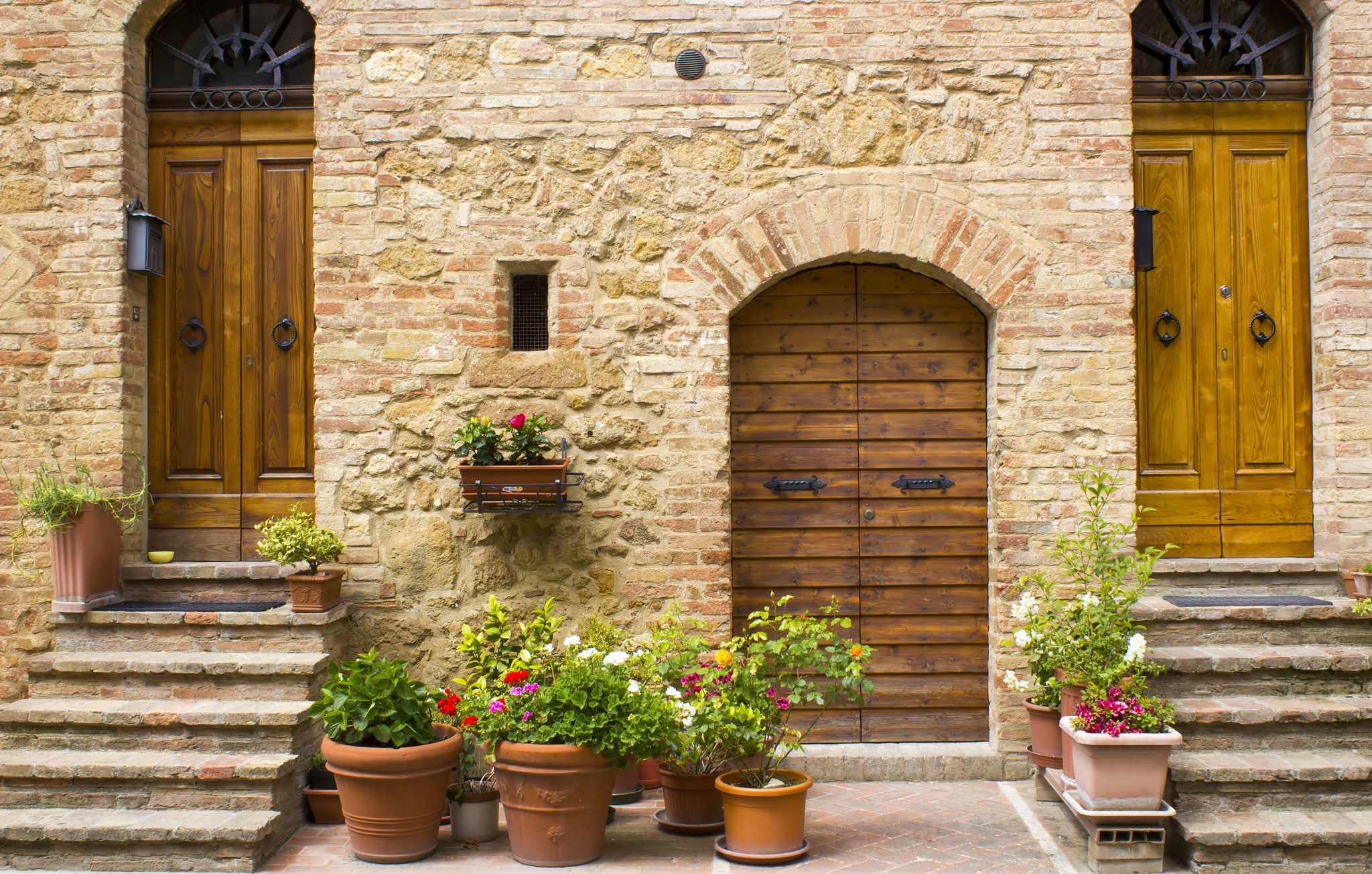 Sights from a Tuscan Street