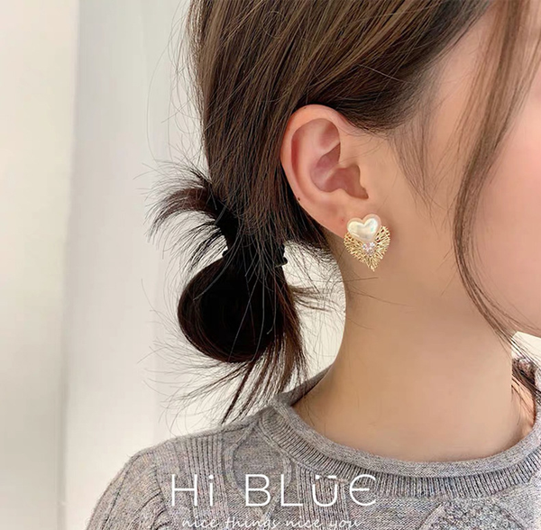 S925 Metal Love with Pearl Earring爱心珍珠时尚耳环