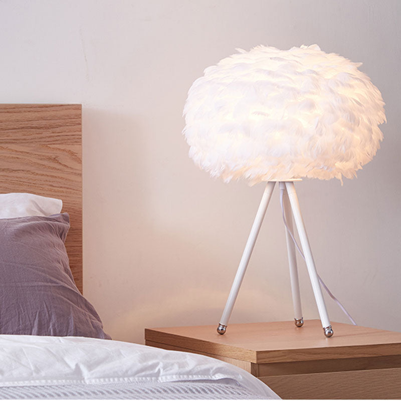 Luminous Furry Feather Table Lamp