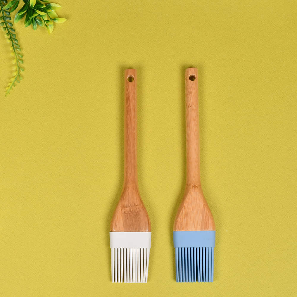 Tessie & Jessie Bamboo Wood  Silicon Oil Brush (Single)
