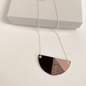 Small Arc Connect Necklace (New)