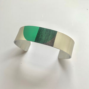 Balance Narrow Cuff Bracelet - Green Arc (New)
