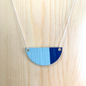 Coast Small Necklace