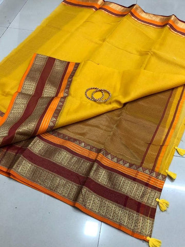 Alluring Cotton Saree With Blouse Piece