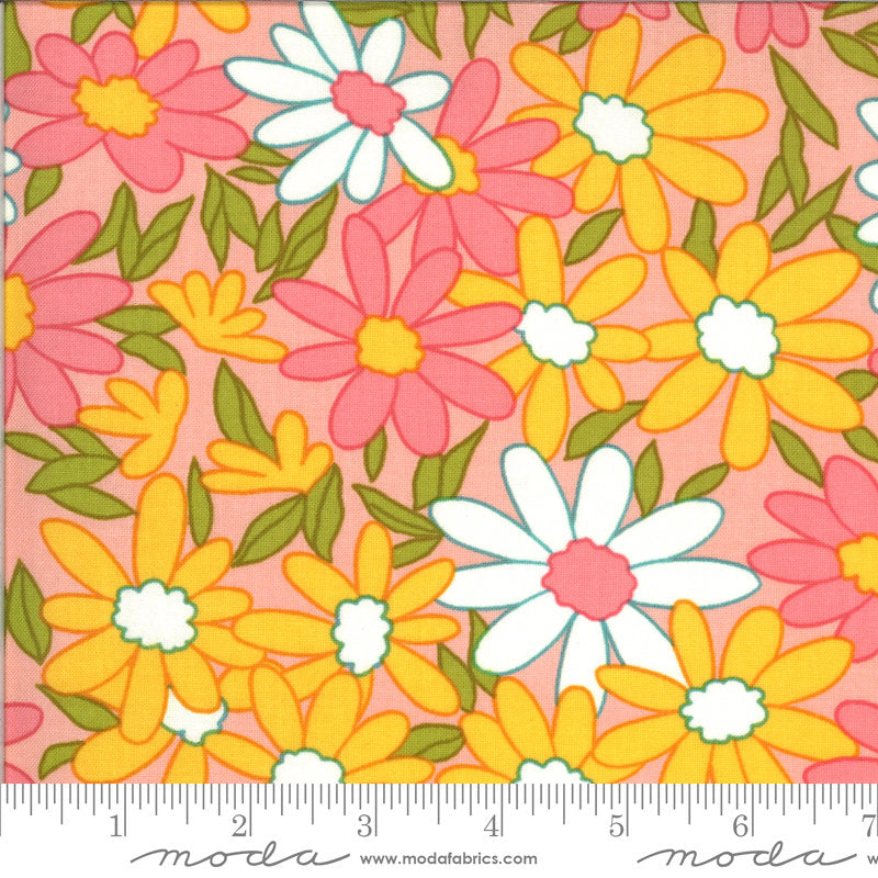 A Blooming Bunch - Bubblegum 40040 14 - Maureen McCormick - Moda Fabrics half yard fabric - flowers floral