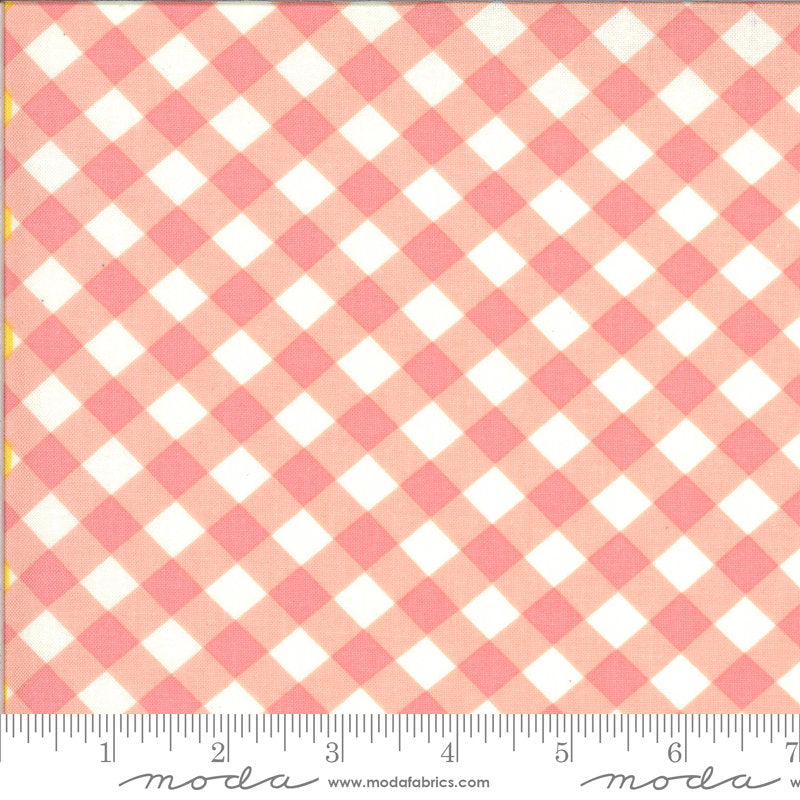 PRE-ORDER (ships in OCTOBER) A Blooming Bunch - Bubblegum 40046 14 - Maureen McCormick - Moda Fabrics half yard fabric - check