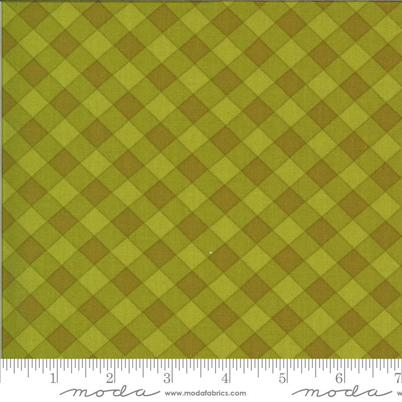 A Blooming Bunch - Avocado 40046 17 - Maureen McCormick - Moda Fabrics half yard fabric - check