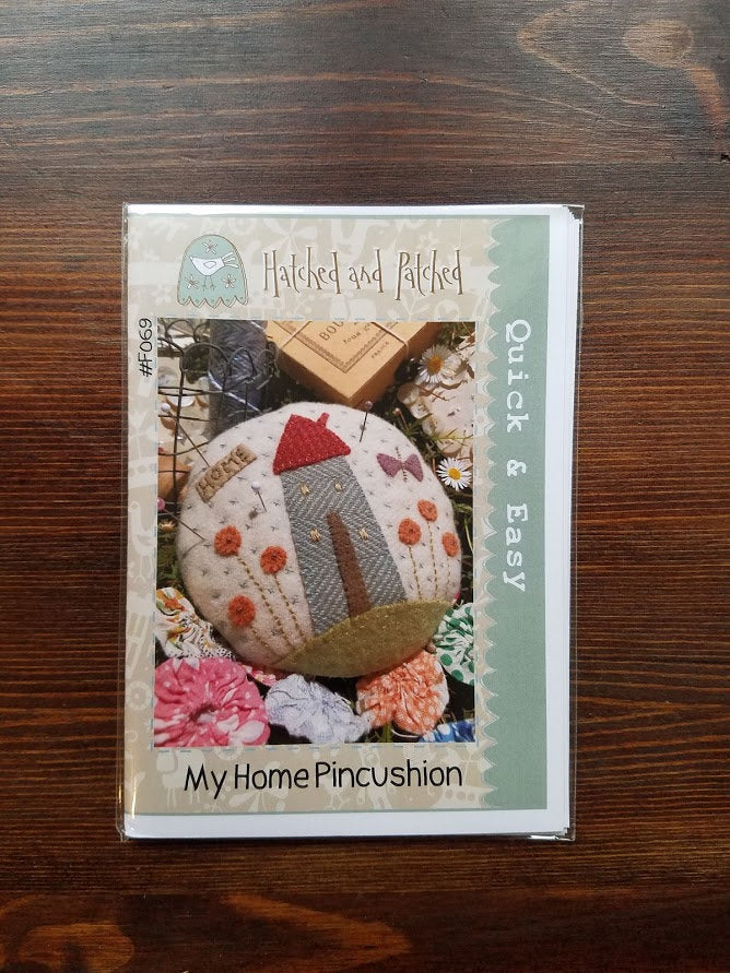 My Home Pincushion - Hatched and Patched - Quick & Easy - sewing pattern