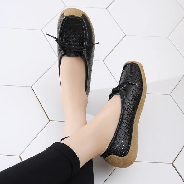 【50% OFF】Women's Slip-on Leather Shoes(35-41)