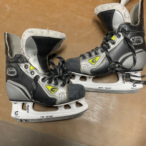 Used Graf Supra 301 3.5D Player Skates