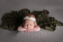 Load image into Gallery viewer, Newborn Swaddle Set - Olive