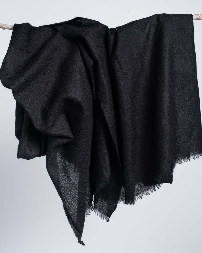 Bloom & Give Black Cashmere Scarf