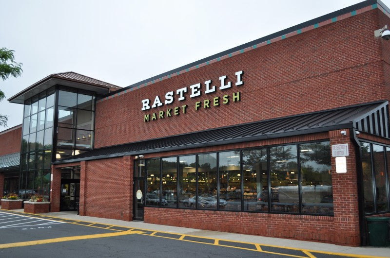 Rastelli's Market Fresh, Marlton, NJ is now carrying El Wingador Original Sauce