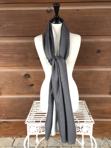 Diamond Weave Reversible Stole - Charcoal & Ivory