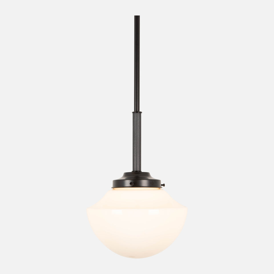 Dilworth Pendant w/ Scallop Shade