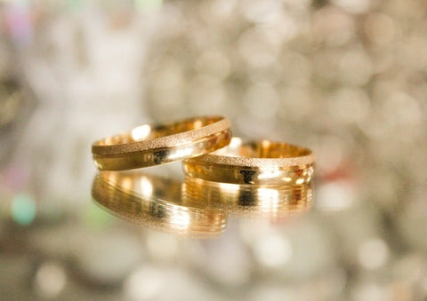 Real gold rings and gold bands