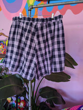 Load image into Gallery viewer, Gingham Shorts