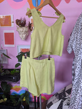 Load image into Gallery viewer, Bonita Singlet - Lime Punch Linen