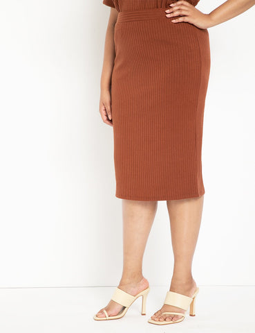 Ribbed Column Skirt in Rusty Brown