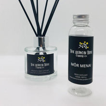 Load image into Gallery viewer, Môr Menai Black Reed Diffuser - Rock Pools & Salty air - The Lemon Tree Candle Company