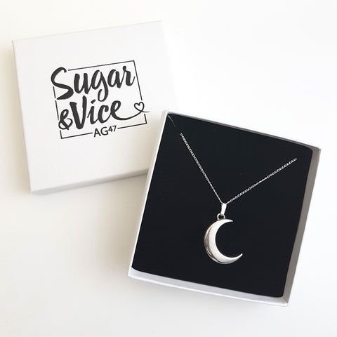 AG47 Moon Necklace