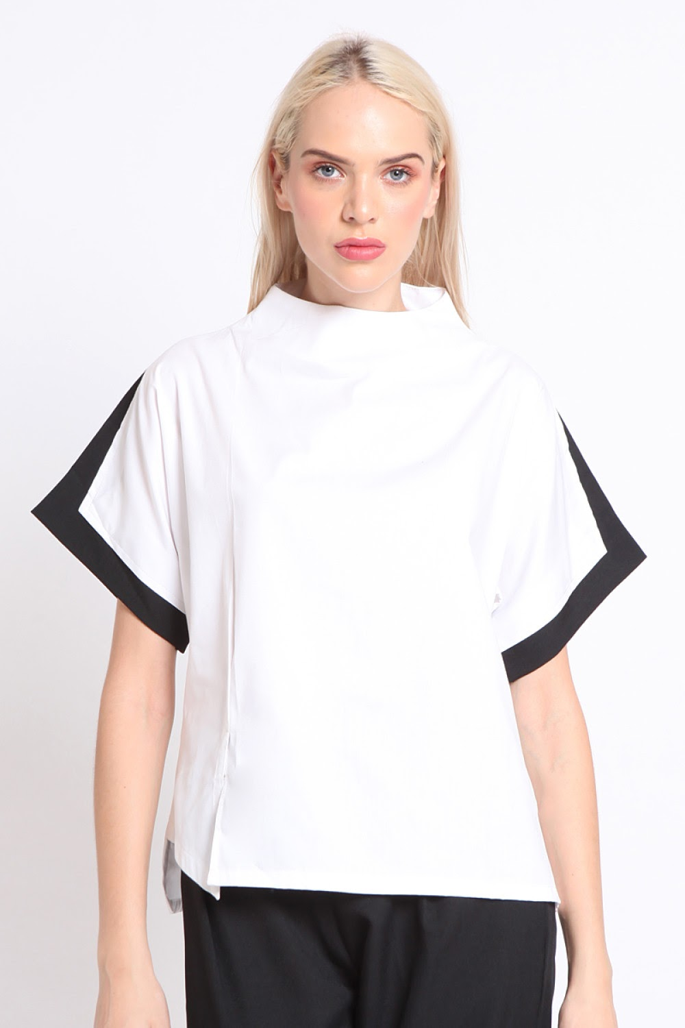 Firenze. High Neck Panel Top - White