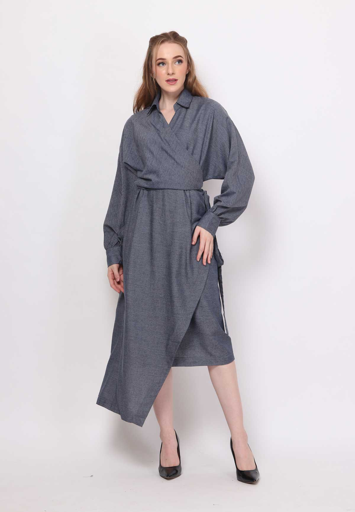Fayth. Wrap Dress - Dark Blue