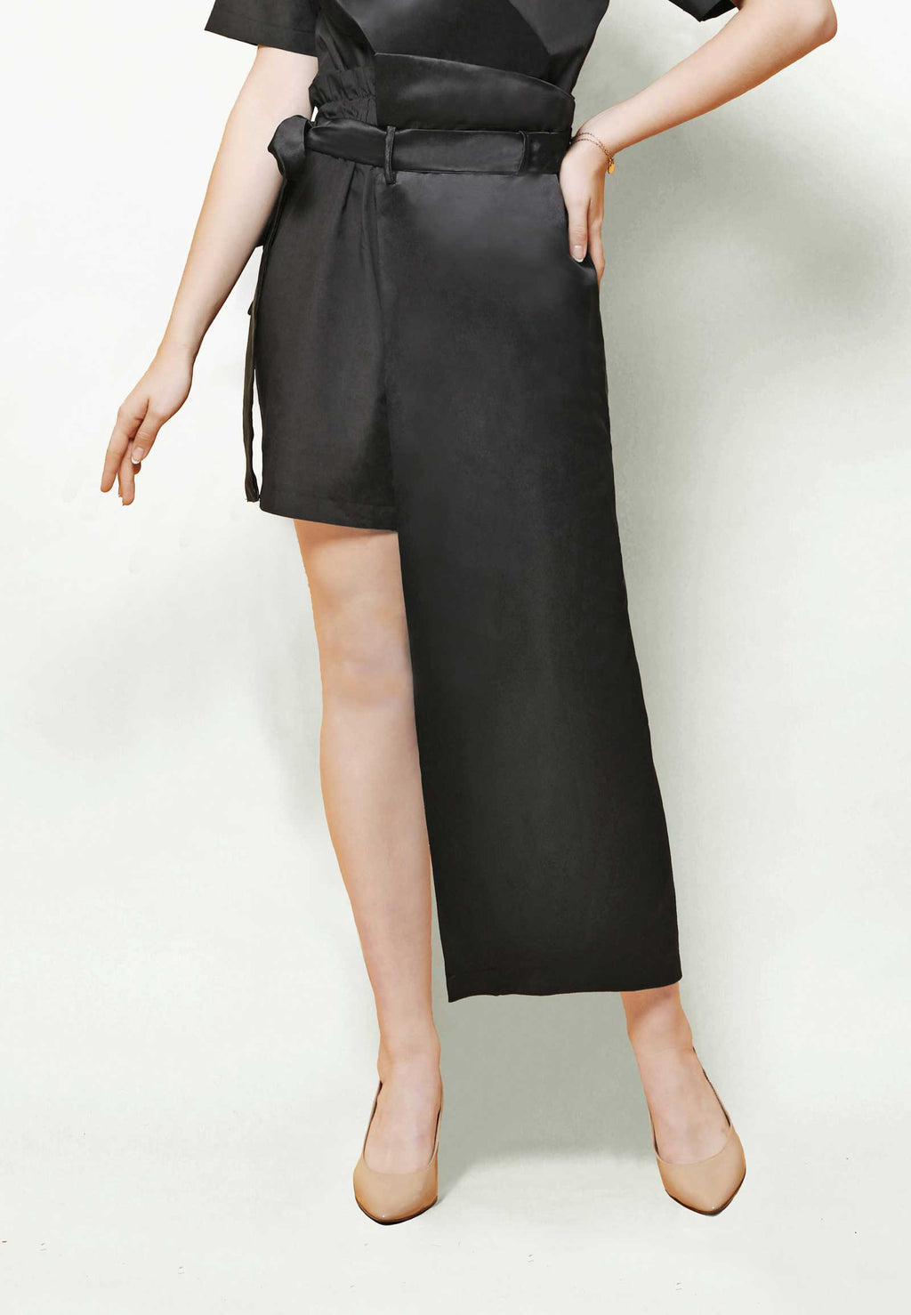 Dwune. Asymmetric Pants - Black