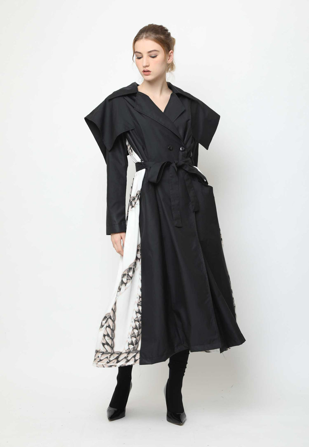 Louise. Fluid-back Trench Coat - Black