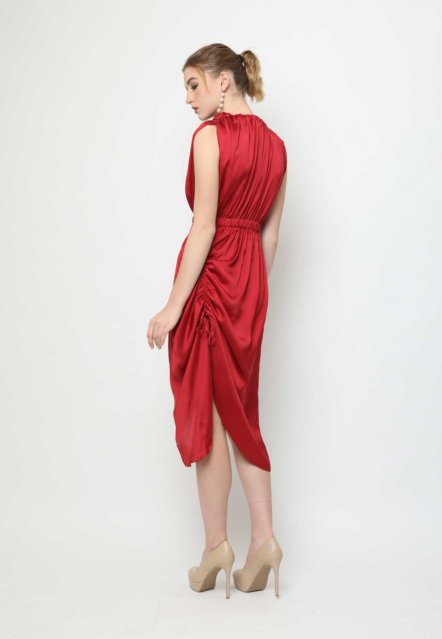 Ava. Arched Dress - Red