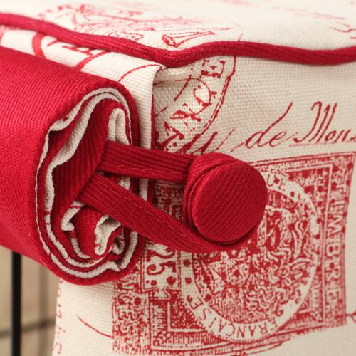 Parisian Red Dog Crate Cover