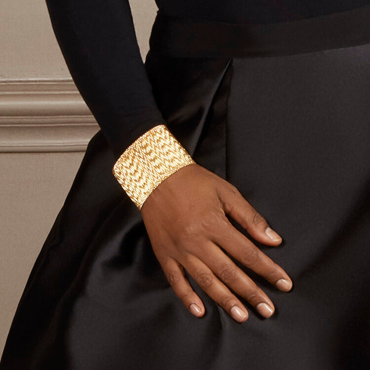 Cuff bracelet made of etheral and moving gold bars Crafted  18K yellow gold Makeda Collection