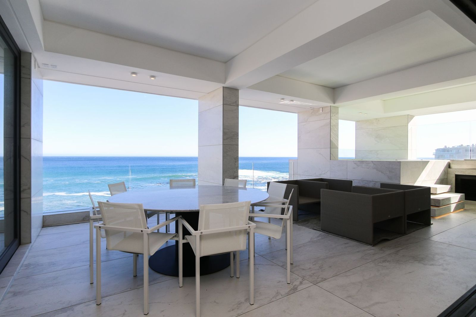 Aurum 701 - Bantry Bay, Cape Town