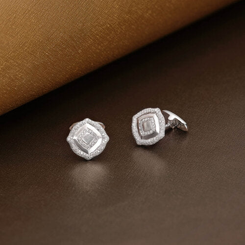 Cufflinks crafted in 18K White Gold The Nile Collection