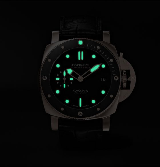 Submersible Automatic 42mm Goldtech and Alligator Watch