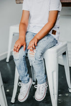 Load image into Gallery viewer, Beau Hudson Distressed Denim Jeans