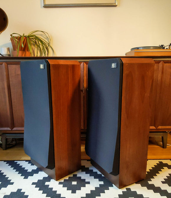 Acoustic Research AR-91 3 Way Speakers  'The Modern AR-3A'
